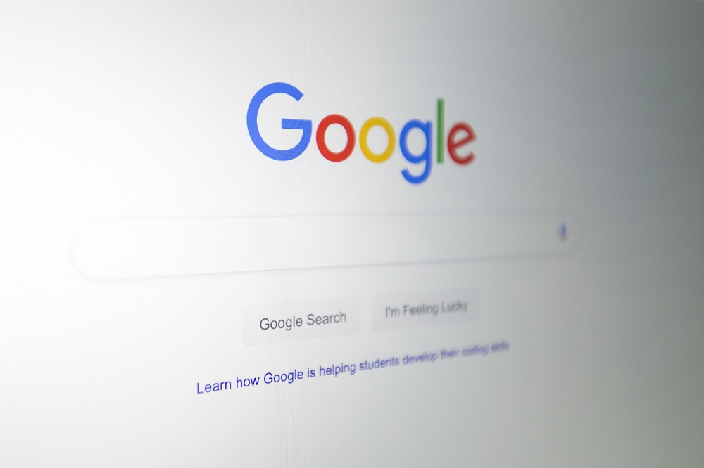 Google said today it will disable its search function in Australia if the government proceeds with a media code that would force it and Facebook Inc to pay local media companies for sharing their content. — AFP pic