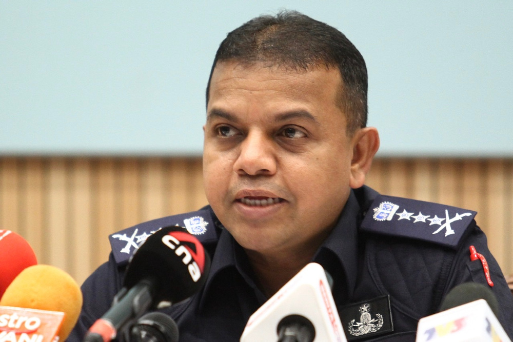 Johor police chief Datuk Ayob Khan Mydin Pitchay said the suspect was uncooperative throughout the investigations by claiming that he had lost his mobile phone and forgot his email's password. — Picture by Ben Tan