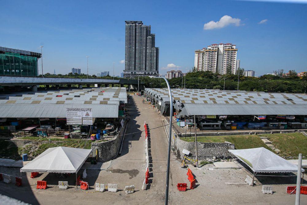 A general view of Pasar Borong Harian Selayang on April 21, 2020. — Picture by Hari Anggara