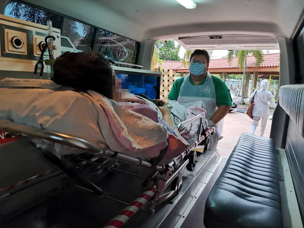St John's Ambulance of Malaysia members have donated their time and effort, helping others in the fight against Covid-19. — Picture courtesy of St John's Ambulance of Malaysia