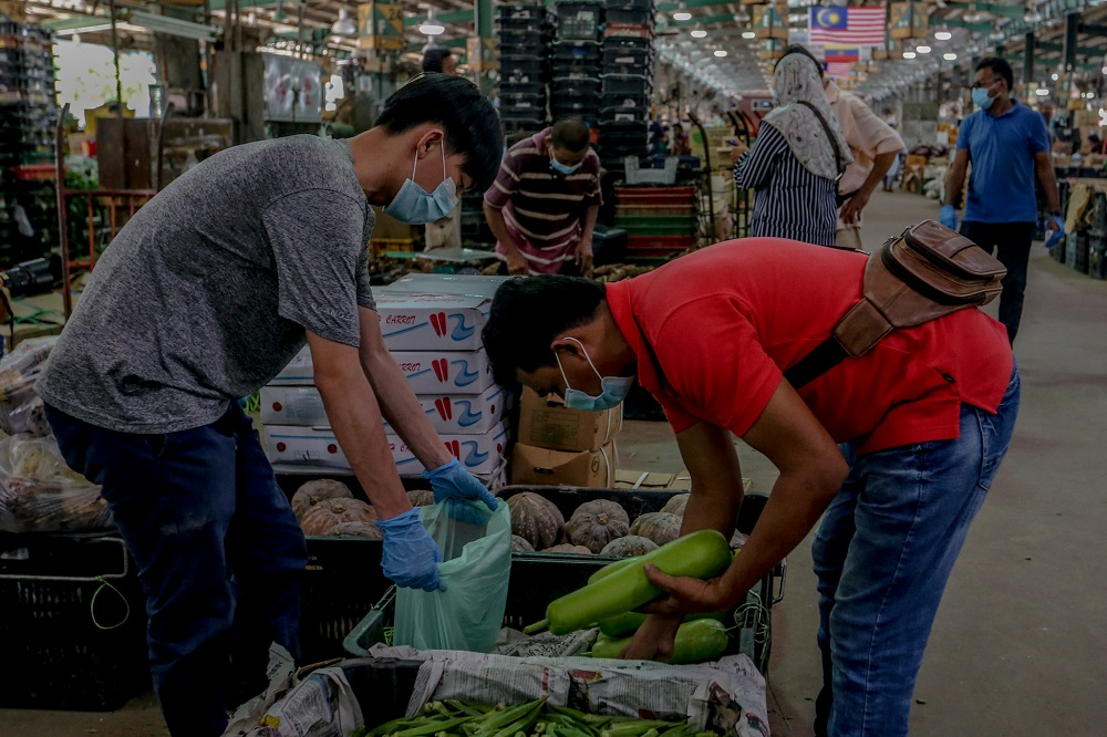 MTUC: Local workers at KL Wholesale Market should have ...