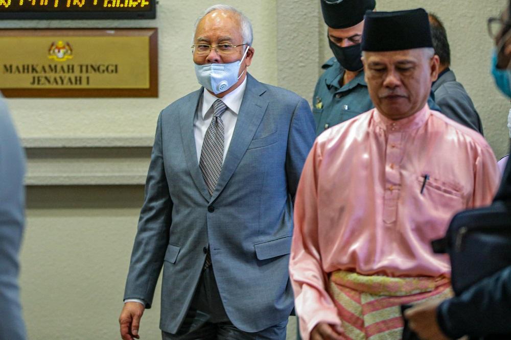 Former prime minister Datuk Seri Najib Razak leaves the Kuala Lumpur Court Complex May 21, 2020. — Picture by Hari Anggara