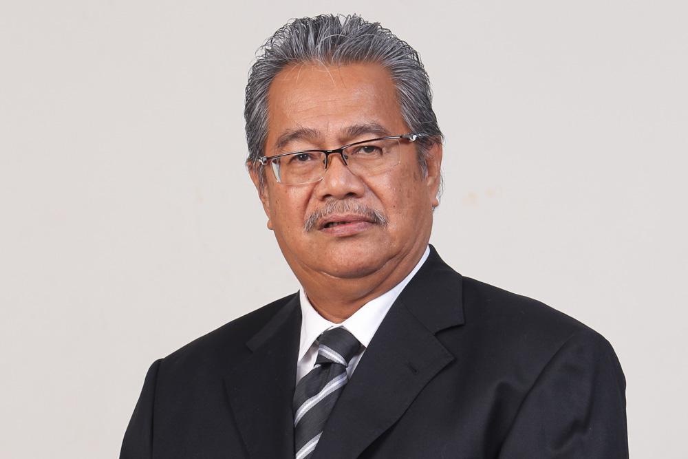 Communications and Multimedia Minister Datuk Saifuddin Abdullah has expressed his sadness over the death of veteran journalist Datuk Ahmad A. Talib (pic) today.
