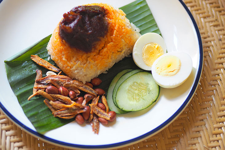 The Nasi Lemak Bakar packs a lovely fragrance of coconut after it has been grilled over a hot fire – Pictures by Lee Khang Yi