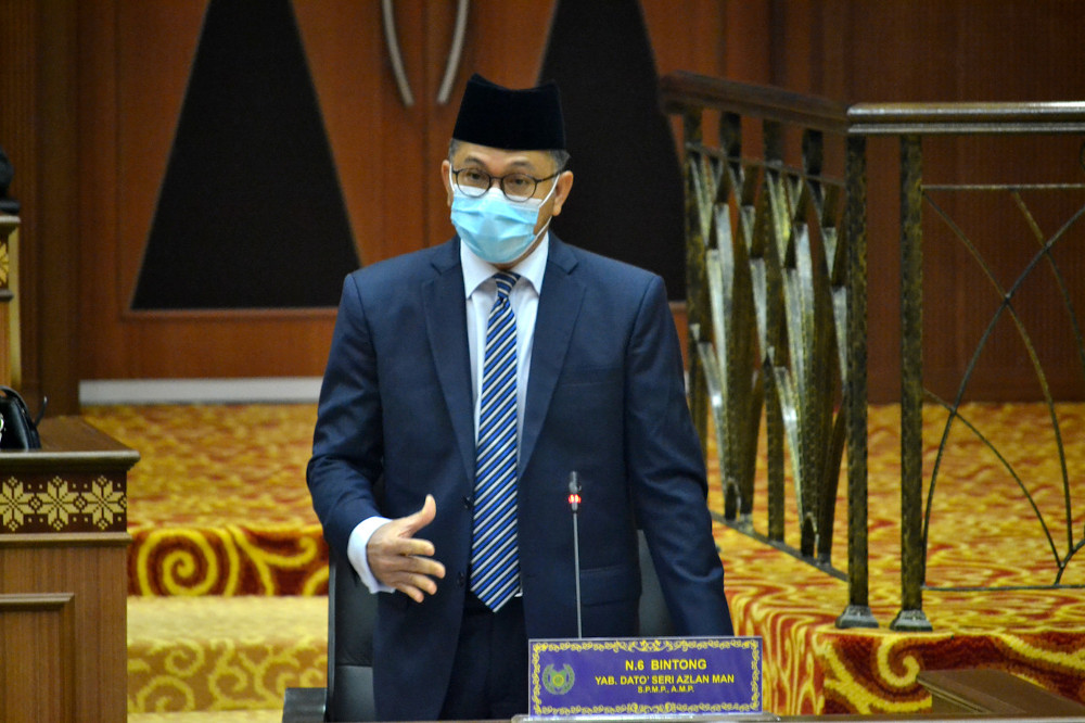 Mentri Besar Datuk Seri Azlan Man said the issue of an illegal settlement which was taking place along the coast of Kuala Perlis was not new and several actions such as issuing notices would be taken in the near future.