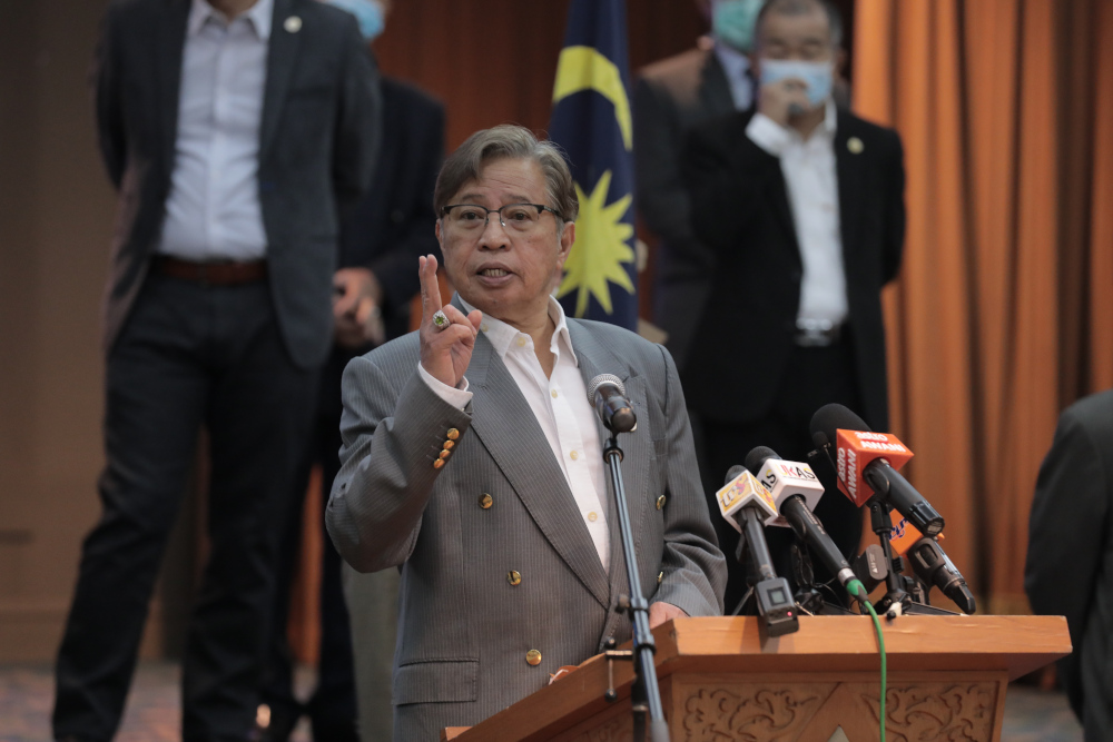 Abang Johari said Sarawak is keen to sell liquefied petroleum gas to its neighbours. — Picture courtesy of Sarawak Public Communications Unit (Ukas)