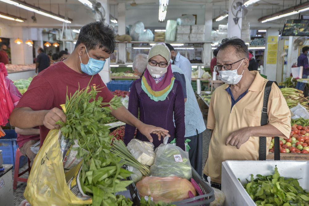 You can get fresh vegetables from Pasaraya Harian Bhuiyen on Jalan Pasar in Pudu. ― Picture by Shafwan Zaidon