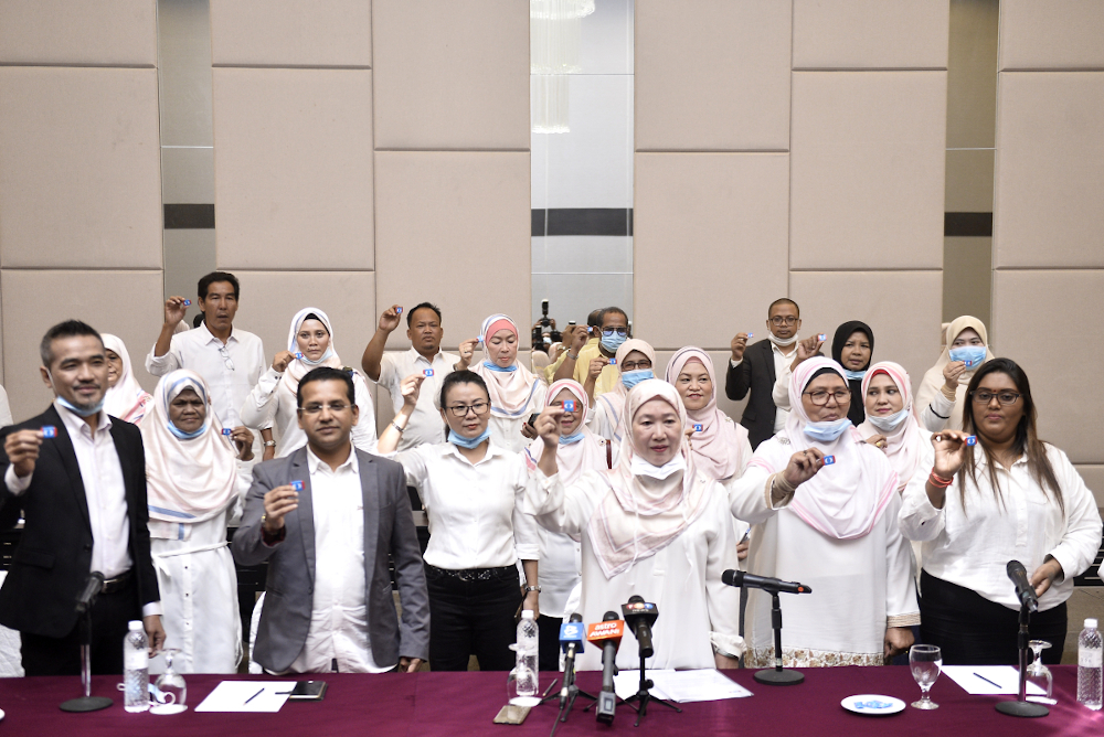Selangor deputy Speaker Dr Daroyah Alwi resigned from PKR along with 48 others from the Selangor Women leadership and Kapar division leadership, including youth leaders on June 13, 2020. — Picture by Miera Zulyana