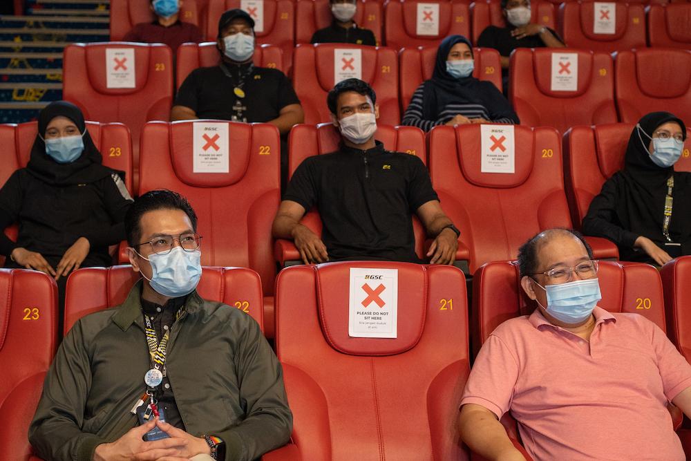 One-seat gap arrangements at GCS Cinemas to ensure social distancing practices. — Picture courtesy of GSC Cinemas