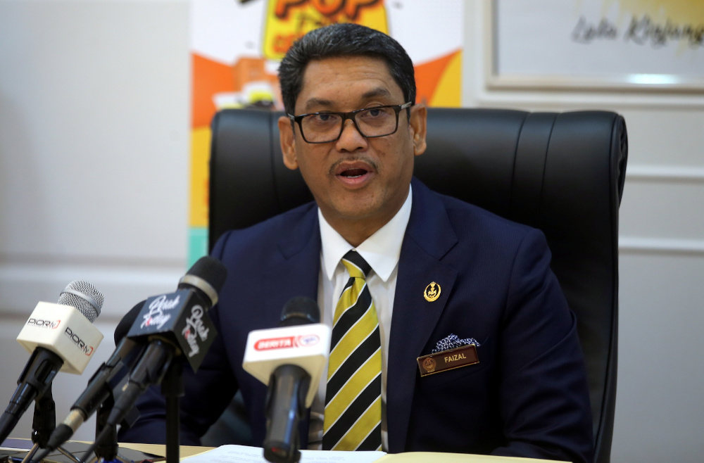 Perak Mentri Besar Datuk Seri Ahmad Faizal Azumu speaking to the press after launching the POP Travel Cer Citer at his office at the State Secretariat Building in Ipoh June 3, 2020. — Picture by Farhan Najib