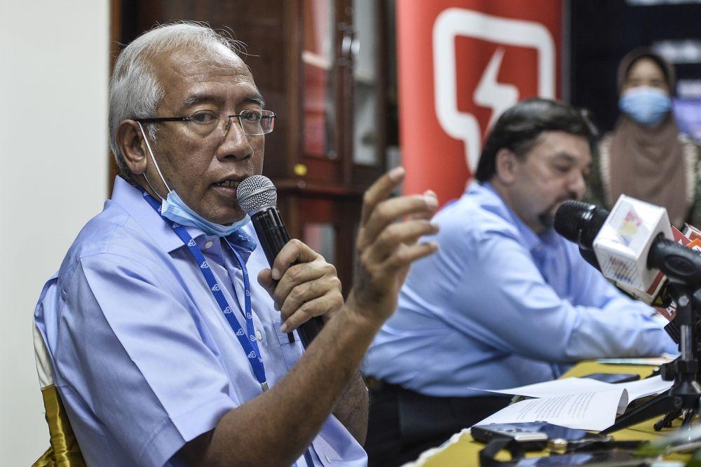Tenaga Nasional Berhad chairman Datuk Seri Mahdzir Khalid speaks during a press conference in Shah Alam June 2, 2020. — Picture by Miera Zulyana