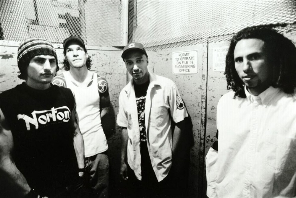 Morello (second left) was quick to call out the social media user after he criticised the band for including their political views into their music. ― Picture via Facebook/Rage Against The Machine
