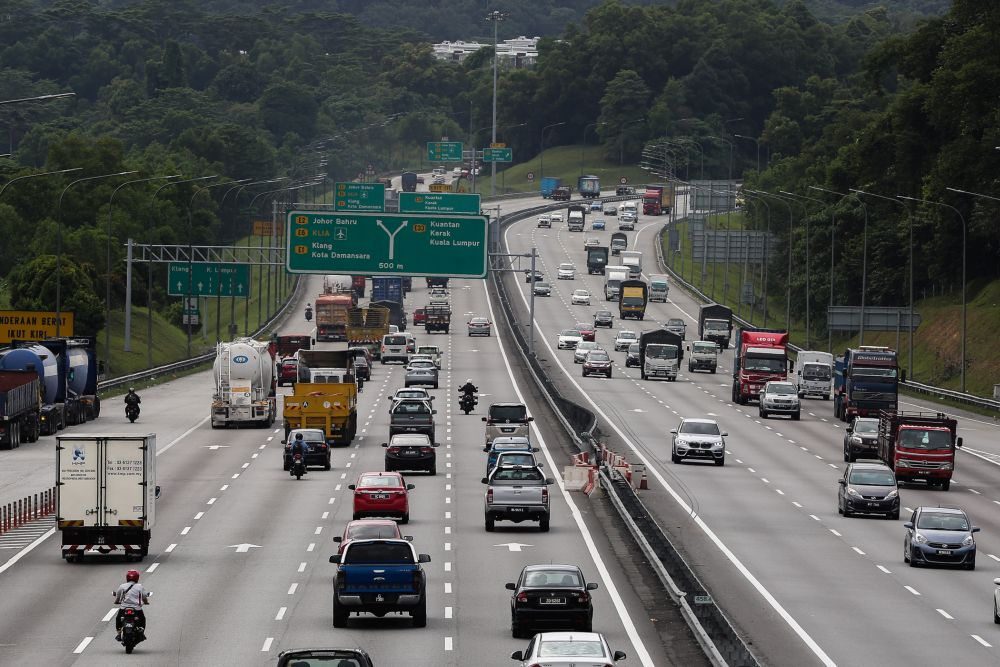 A general view of traffic on the North-South Expressway near the Sungai Buloh Overhead Bridge Restaurant on the first day of the recovery movement control order June 10, 2020.