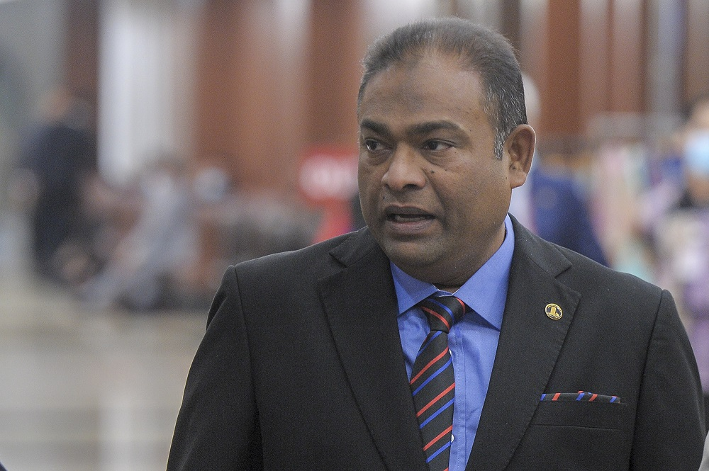 Baling MP Datuk Seri Abdul Azeez Abdul Rahim sparked public uproar last week when he was said to have used terms like 'dark' and had reportedly told his ethnic Indian Opposition counterpart to 'pakai bedak' (put on powder) — remarks deemed racist and offensive. — Picture by Shafwan Zaidon