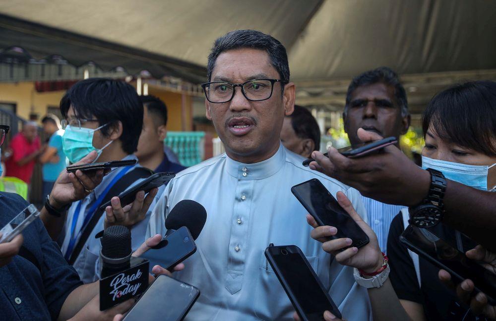 阿末法依扎表示,马哈迪的支持者应该继续留在土团党内斗争。-Farhan Najib摄-