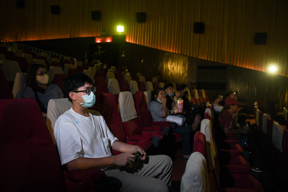 Movie fan gather to bid farewell to the last stand-alone movie theatre 'La Scala' amid the spread of the coronavirus disease in Bangkok, Thailand July 4, 2020. — Reuters pic