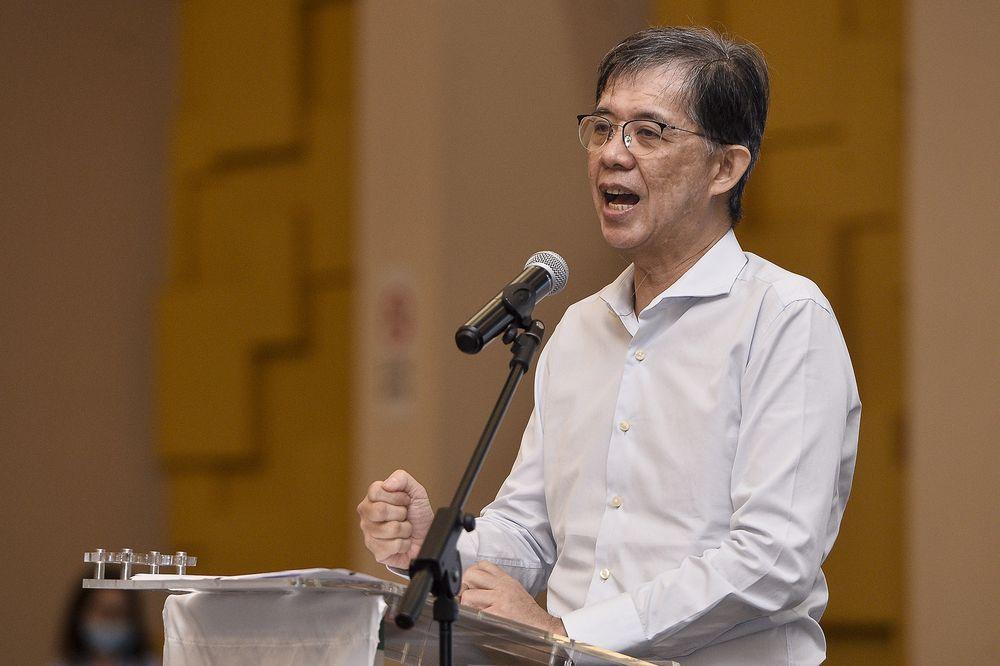 President of Pertubuhan Daya Masyarakat, Tian Chua speaking during the launching of the NGO in Dewan Sivik MPPJ on July 25, 2020. — Picture by Miera Zulyana