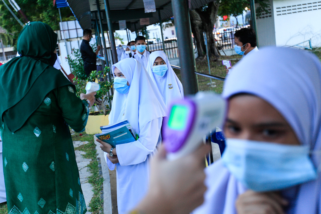 A total of 3,583 Sijil Pelajaran Malaysia (SPM) 2020 candidates will be sitting for the examination in 27 examination centres in Sibu District starting tomorrow. — Picture by Sayuti Zainudin