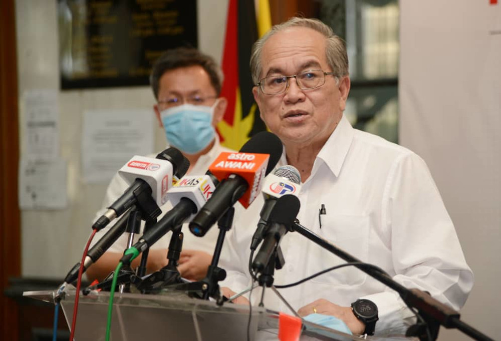SDMC chairman Datuk Amar Douglas Uggah speaks to reporters in Kuching July 24, 2020. — Picture courtesy of Sarawak Public Communications Unit (Ukas)