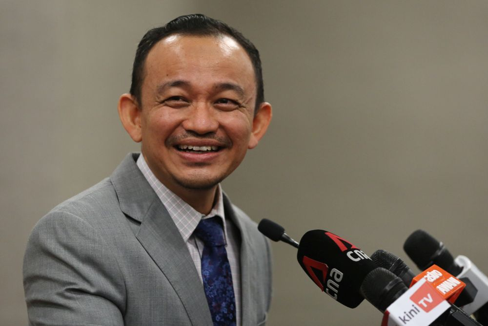 Maszlee thanked the Ministry of Education (MOE) for clearing the air on the claim that the Form 4 History textbook was revised to glorify communism during his tenure as the education minister. — File picture by Yusof Mat Isa