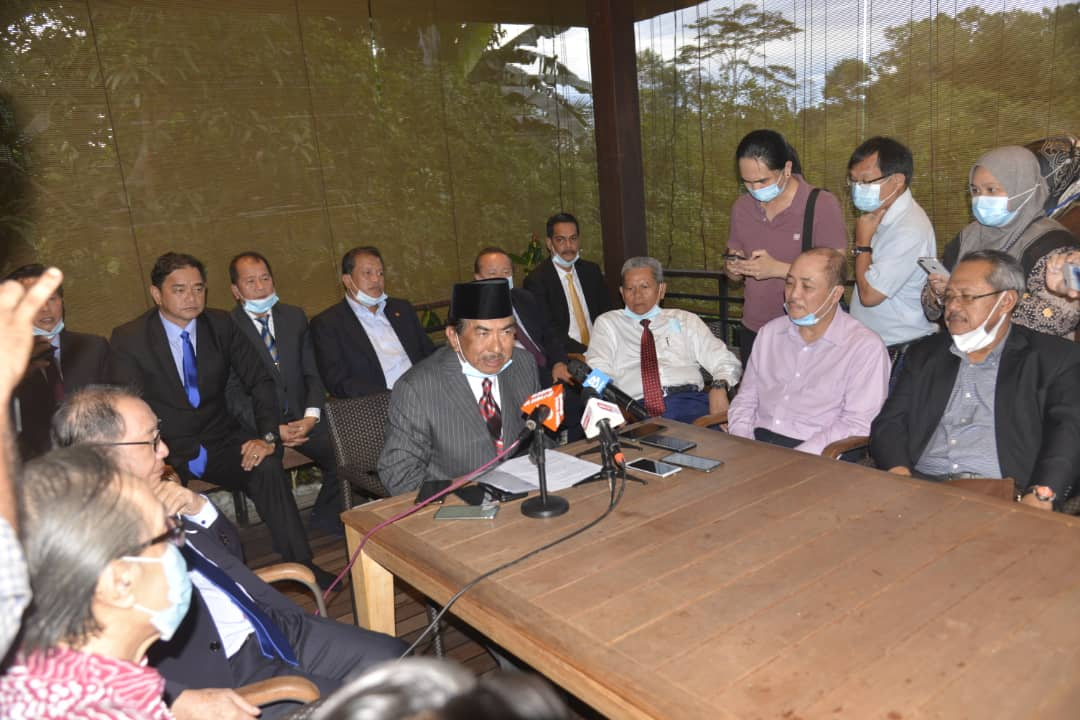 Tan Sri Musa Aman (centre) addresses media personnel during a press conference at his home in Kota Kinabalu July 29, 2020.