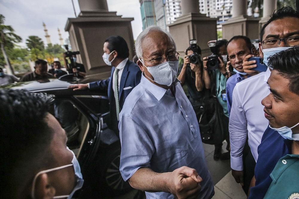 Datuk Seri Najib Razak is seen leaving the Kuala Lumpur Court Complex July 29, 2020. ― Picture by Hari Anggara