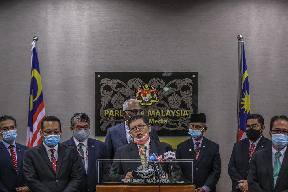 Sungai Petani MP Datuk Johari Abdul addresses media personnel during a press conference at Parliament, Kuala Lumpur July 28, 2020. ― Picture by Hari Anggara