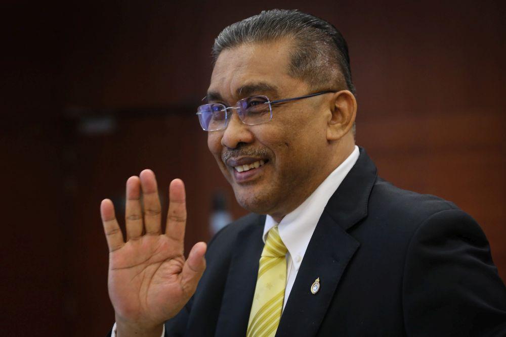 达基尤丁哈山指出,有文件证明马哈迪、林冠英涉嫌政治干预富商与一马发展公司(1MDB)有关的丑闻。-Yusof Mat Isa摄-