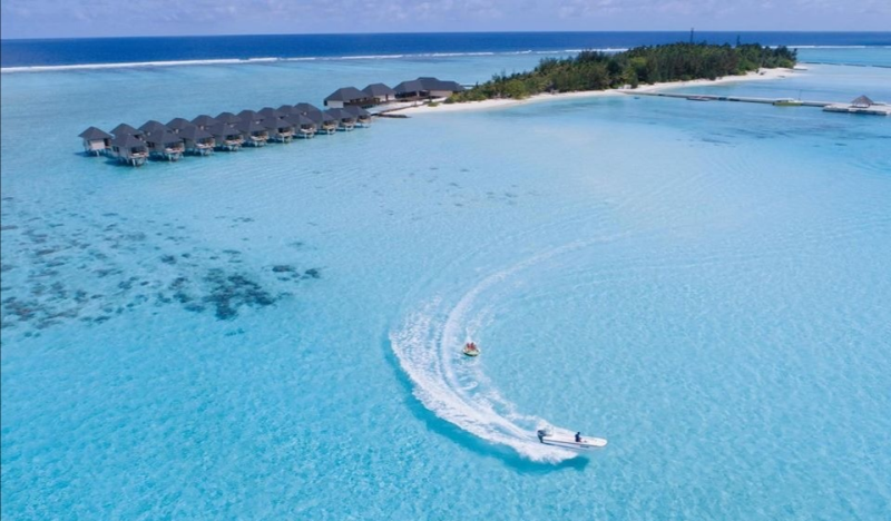 Malaysian pharmacist SS Tang beat 1,300 entries for a holiday at the Summer Island Maldives Resort. — Picture courtesy of Kaimoo Group