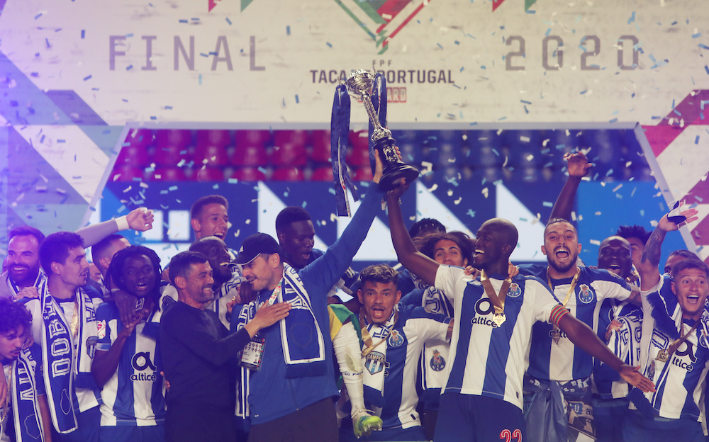 Porto's Danilo Pereira, Iker Casillas and teammates celebrate with the trophy after winning the Taca de Portugal, August 1, 2020. — Reuters pic