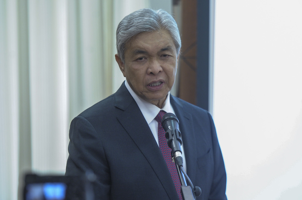 Datuk Seri Ahmad Zahid Hamidi said the Dewan Rakyat is the best place to test the level of confidence or otherwise in Muhyiddin. — Picture by Shafwan Zaidon