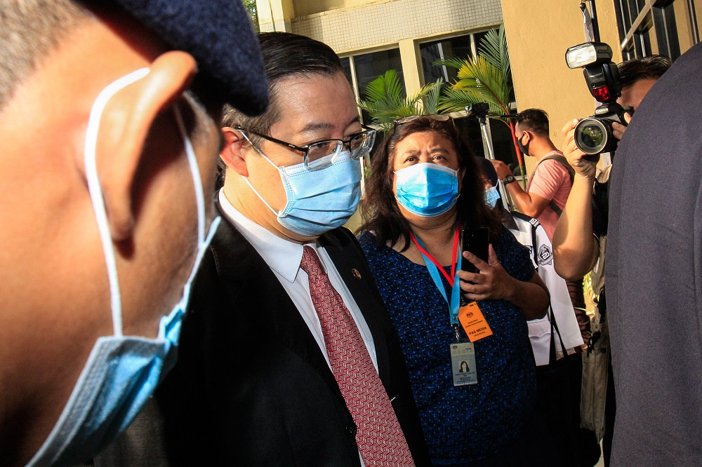 Former Penang chief minister Lim Guan Eng arrives at the Butterworth courthouse August 10, 2020. — Picture by Sayuti Zainudin