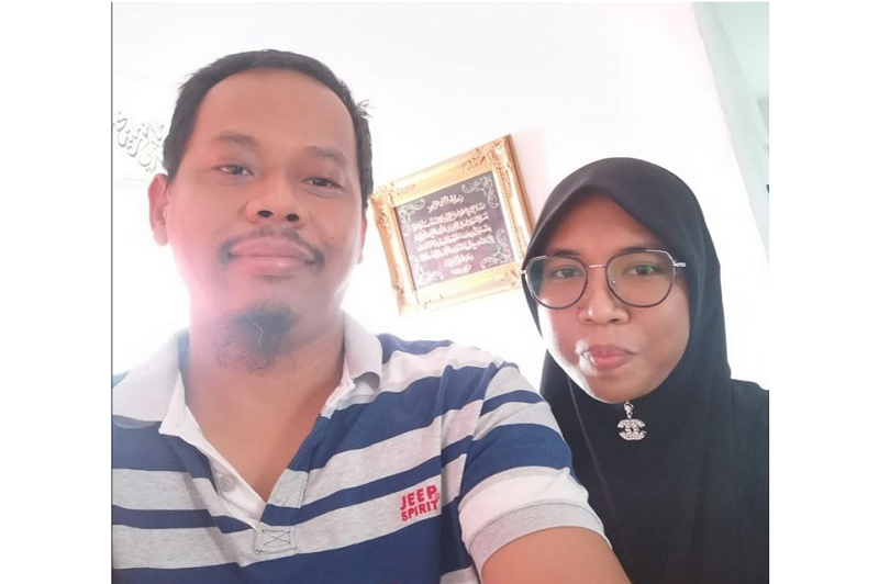 Mohd Hilmi Mohd Isa can look forward to a brighter future with his wife Noratiqah Abd Latif after a successful kidney transplant. — Photo via Facebook/ Mohd Hilmi Damak Kacak