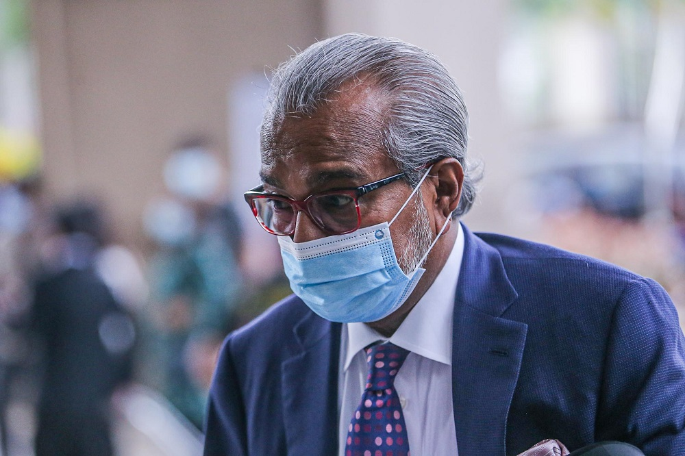 Lawyer Tan Sri Muhammad Shafee Abdullah is pictured at Kuala Lumpur High Court August 12, 2020. ― Picture by Hari Anggara