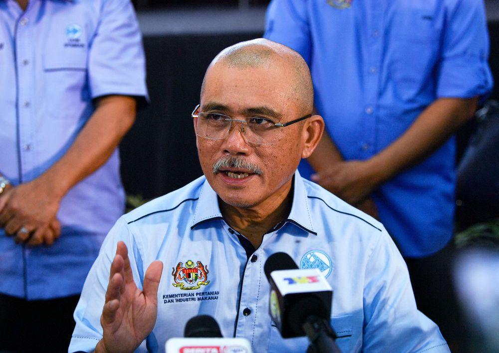 Parti Pribumi Bersatu Malaysia vice-president Datuk Seri Ronald Kiandee said that it was Sabah Umno chairman Datuk Seri Bung Moktar Radin's prerogative to declare his parties' aspirations, but that the coalition still had to reach an agreement together. — Bernama pic