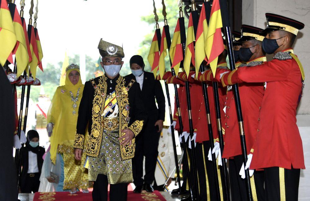 Yang di-Pertuan Agong Al-Sultan Abdullah Ri'ayatuddin Al-Mustafa Billah Shah arrives for the investiture ceremony of federal awards and honours at Istana Melawati in Putrajaya August 17, 2020. — Bernama pic