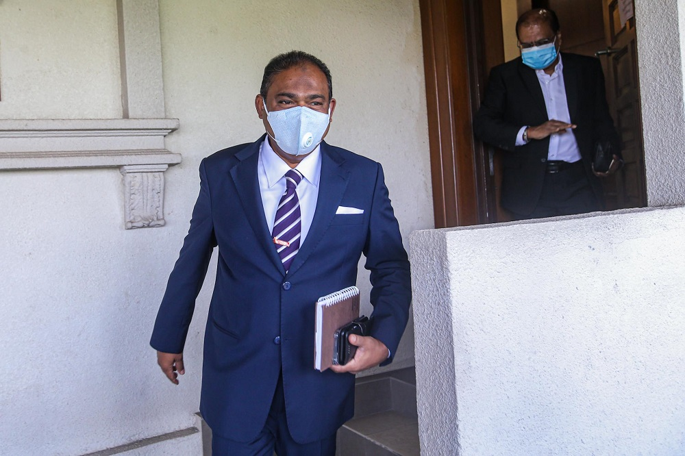 Datuk Seri Abdul Azeez Abdul Rahim is pictured at the Kuala Lumpur Court Complex August 18, 2020. ― Picture by Hari Anggara