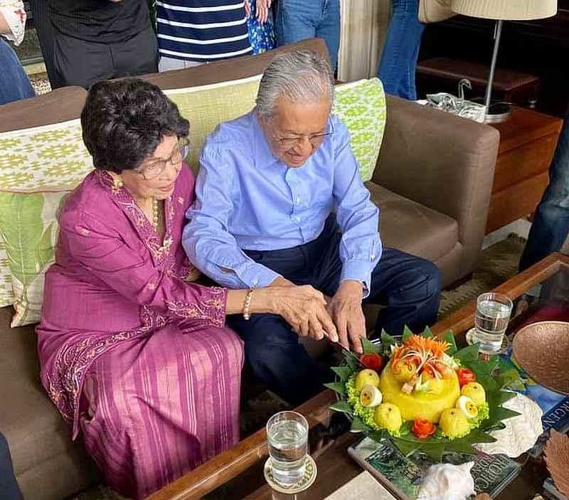 Tun Dr Mahathir Mohamad and his wife Tun Dr Siti Hasmah Mohd Ali celebrate their 64th wedding anniversary August 5, 2020. — Picture via Facebook/marina.mahathir