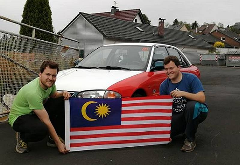 Jochem and Ruben have always had a soft spot for our country and aims to make Malaysia proud with their Wira taxi-racecar. — Picture via Instagram/Dutch DIY Mechanics