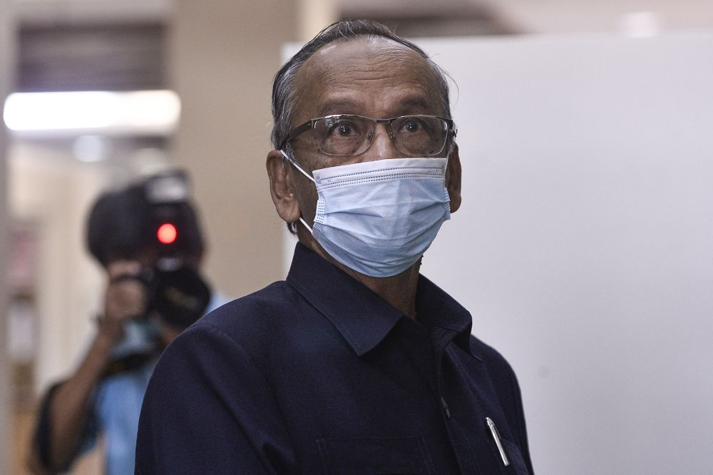 Former auditor-general Tan Sri Ambrin Buang is pictured at the Kuala Lumpur High Court August 13, 2020. — Picture by Miera Zulyana