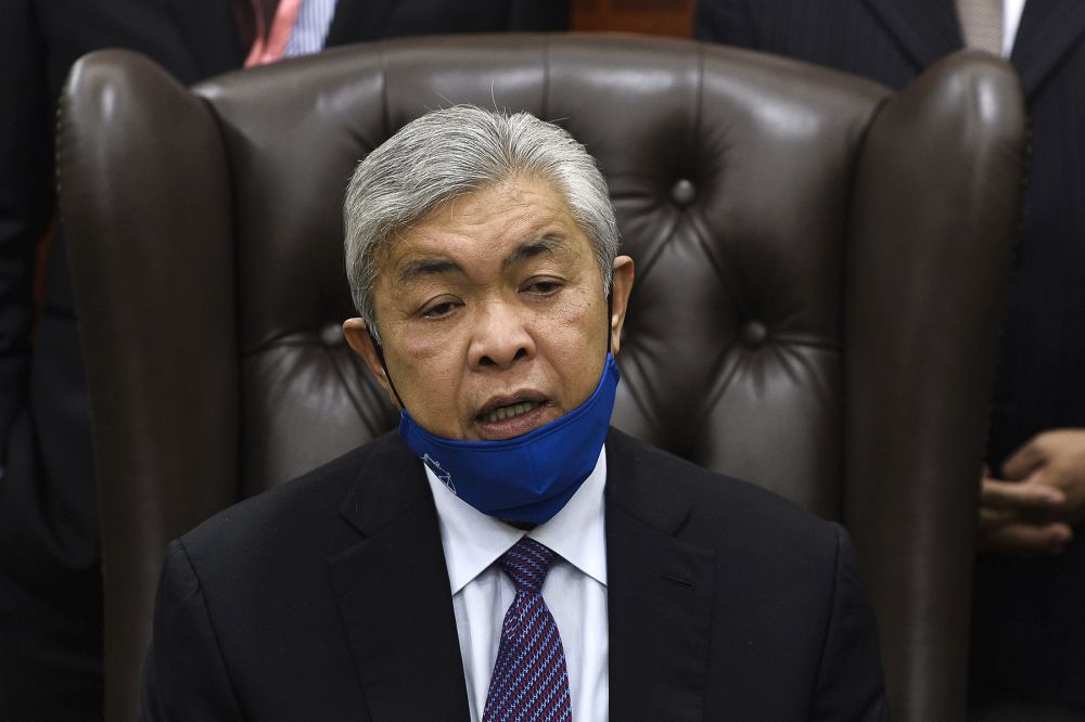 On Sunday, Datuk Seri Ahmad Zahid Hamidi had claimed that the Umno leaders who are facing criminal charges — the 'court cluster' — are actually the ones trying to save the Malay nationalist party. ― Picture by Miera Zulyana