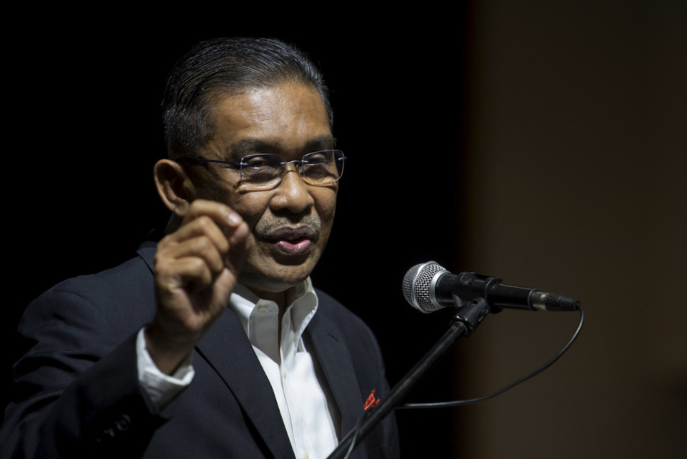 Takiyuddin said that political parties should focus on helping the rakyat who have been severely affected by Covid-19, not just in terms of health but also economically. — Bernama pic