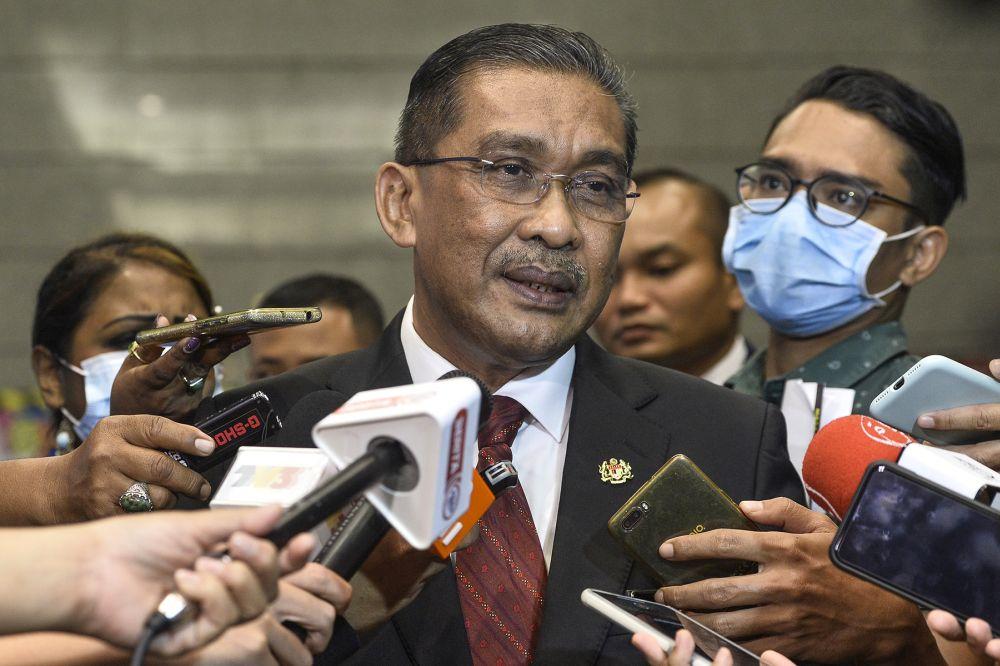 Datuk Takiyuddin Hassan addresses reporters in Putrajaya August 19,2020.― Picture by Miera Zulyana
