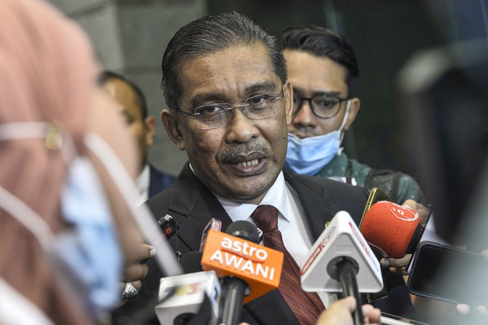 PAS secretary-general Datuk Takiyuddin Hassan says the party has received a letter from Bersatu president Tan Sri Muhyiddin Yassin on its readiness to join Muafakat Nasional. ― Picture by Miera Zulyana