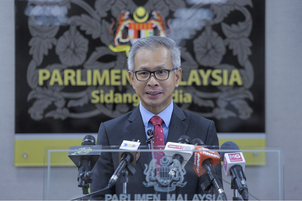 Damansara MP Tony Pua said the official unemployment rate has increased from 3.3 per cent in 2020 to 4.7 per cent today, involving over 740,000 Malaysians. — Picture by Shafwan Zaidon