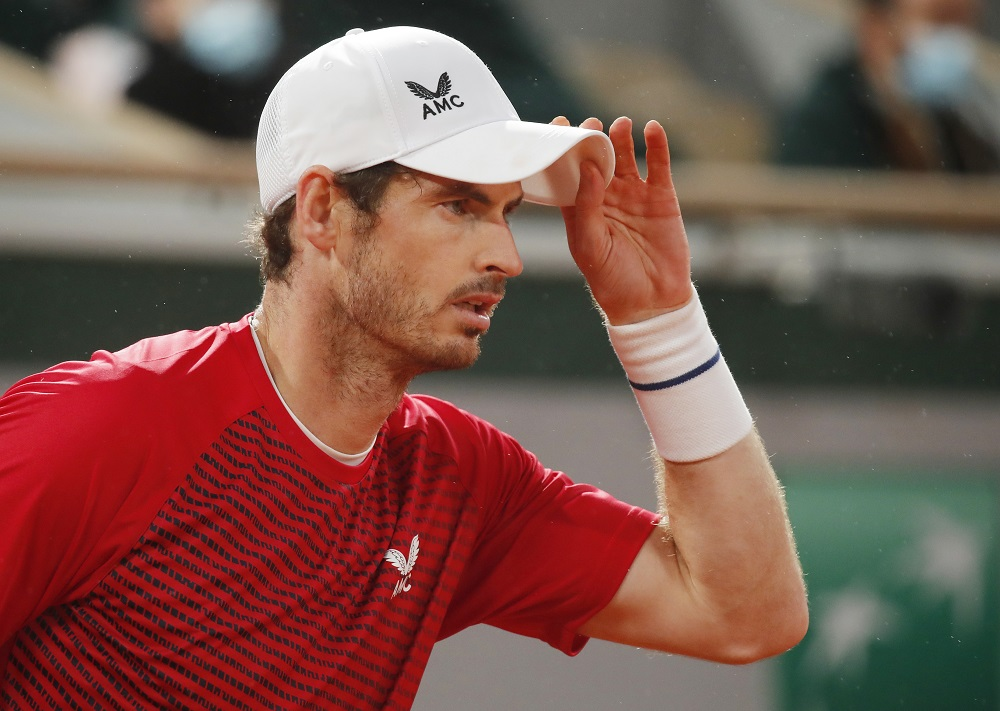 Andy Murray in action during his first round match against Stan Wawrinka at the French Open in Paris September 27, 2020. — Reuters pic
