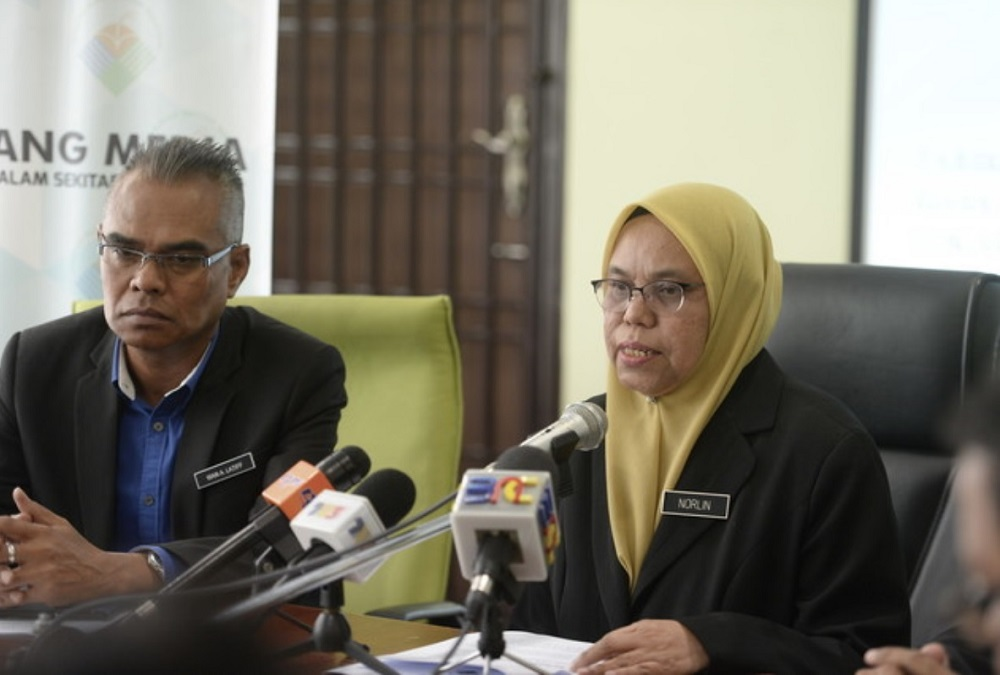 DoE's director-general Norlin Jaafar said the action was taken after the factory was found to have released whitish effluents into the river through an underground pipeline, following a check at the site. — Bernama pic