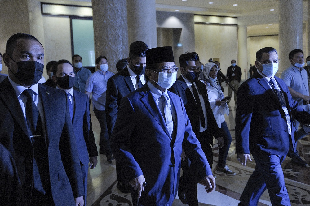 Former Sabah chief minister Tan Sri Musa Aman arrives at the Palace of Justice in Putrajaya September 8, 2020. — Picture by Shafwan Zaidon