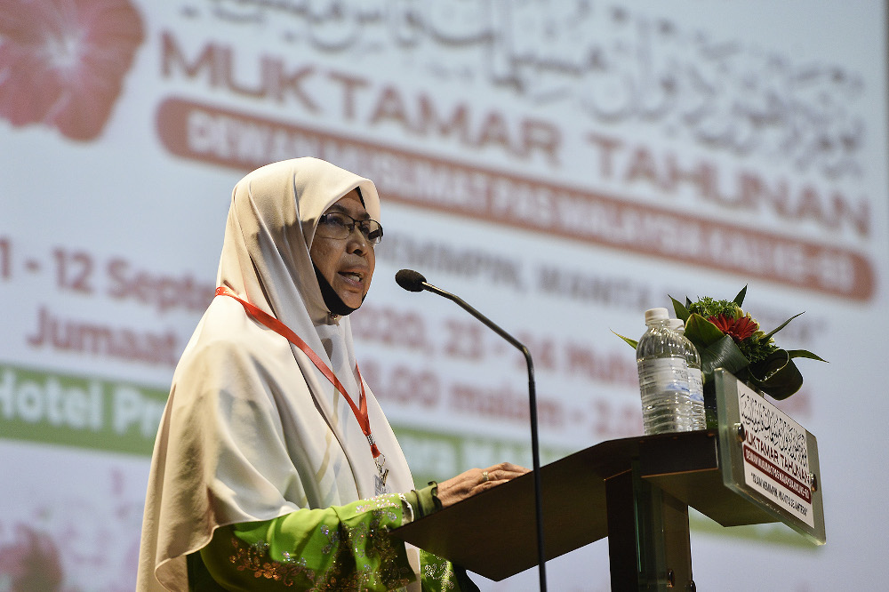 PAS Muslimat (Women) chief Nuridah Mohd Salleh speaks during the annual PAS Muktamar in Kuala Lumpur September 11, 2020. — Picture by Miera Zulyana