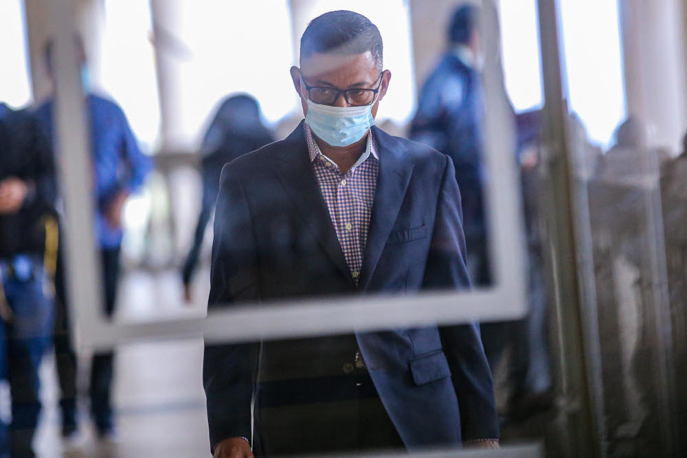 1MDB former CEO Mohd Hazem Abd Rahman is pictured at the Kuala Lumpur Court Complex on September 14, 2020. — Picture by Hari Anggara